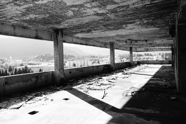 mostar-abandoned