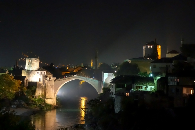 mostar-at-night